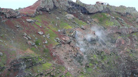 Наклон Vesuvius кратера вулкана Италия naples сток-видео