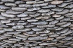 Намочите камни кренов острые и поверните их в камешки стоковые фотографии rf