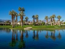 Намочите характеристики на поле для гольфа на веснах пустыни Jw Marriott стоковое фото rf