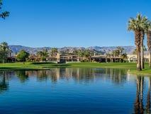 Намочите характеристики на поле для гольфа на веснах пустыни Jw Marriott стоковые изображения