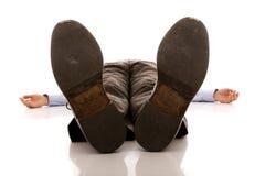 нанесенный поражение бизнесмен Стоковая Фотография