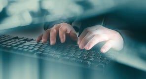 Нападение злодеяния кибер на банке Стоковое Фото