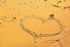написанный песок 3 сердец Стоковая Фотография
