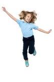 Напористый маленький ребенок скача высоко Стоковое Изображение RF