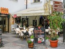 Напольный ресторан в Праге Стоковые Фотографии RF