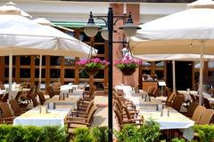 Напольный ресторан на современной роскошной гостинице Стоковое фото RF