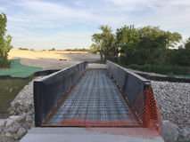 направленное скрещивание конструкции моста испытывая тяжелые корабли более высоких уровней новые нижние Стоковая Фотография RF