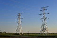 напряжение тока высоких башен Стоковое Изображение