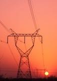 напряжение тока высокой башни рассвета Стоковое Изображение