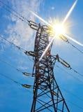 напряжение тока опоры электричества высокое Стоковые Фотографии RF