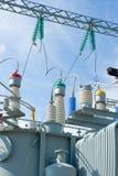 напряжение тока подстанции оборудований высокое Стоковое фото RF