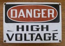 напряжение тока содержания отсутствующей опасности высокое Стоковое Фото