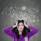 Напряжённый девочка-подросток с грязной мыслью стоковое изображение rf