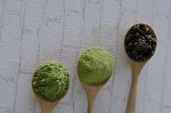 Напудренный чай matcha зеленый Стоковые Фото