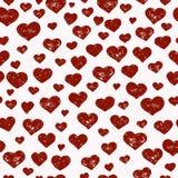 Нарисованная вручную безшовная картина с красными сердцами Стоковая Фотография RF