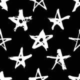 Нарисованная рукой картина краски безшовная Черно-белая предпосылка звезд Стоковое Фото