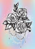 Нарисованные вручную красивые розы в линейном стиле Татуировка ART Картина Графический винтажный состав Изолированная иллюстрация бесплатная иллюстрация