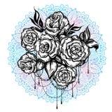Нарисованные вручную красивые розы над мандалой, богато украшенной круглой картиной Татуировка ART Картина Графический винтажный  бесплатная иллюстрация