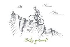 Нарисованный рукой ехать велосипедиста гористый с литерностью Стоковая Фотография