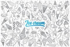 Нарисованный рукой doodle мороженого установленный с литерностью Стоковое Изображение