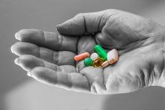 Наркомания - наркомания медицины - суицид - насилие собственной личности Стоковая Фотография