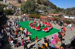 Народный танец Индии стоковая фотография rf