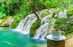Насладитесь черным кофе, природным парком Kursunlu, Aksu, Турцией Стоковые Фотографии RF