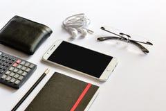 Насмешка Smartphone вверх для представления на современном столе Стоковое Фото