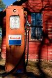 насос газа старый Стоковые Изображения