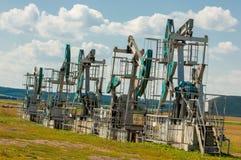насос масла Россия индустрии Нефтедобывающая промышленность equipment фильтрованное изображение масляного насоса j Стоковое Изображение