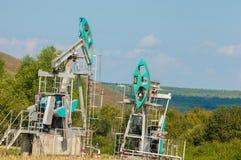 насос масла Россия индустрии Нефтедобывающая промышленность equipment фильтрованное изображение масляного насоса j Стоковое Изображение RF