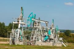 насос масла Россия индустрии Нефтедобывающая промышленность equipment фильтрованное изображение масляного насоса j Стоковое фото RF