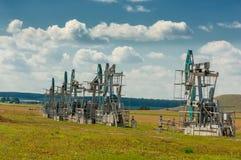 насос масла Россия индустрии Нефтедобывающая промышленность equipment фильтрованное изображение масляного насоса j Стоковое Фото