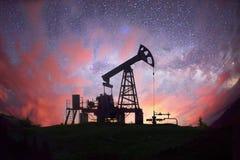 Насос на заднем плане звезд в Карпатах Стоковое Изображение RF