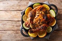 Настаивают кубинський цыпленок с flavorful Mojo маринад сделал острословие стоковое фото rf