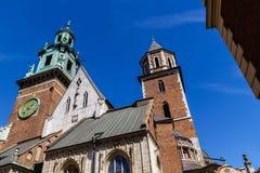 Настелите крышу башни собора на замке Wawel, Cracow, Польше Стоковая Фотография