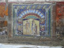 Настенная роспись стены виллы мрамора Геркуланума, Италии красочная стоковые изображения rf