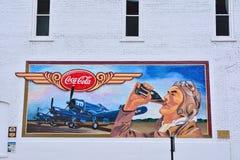 Настенная роспись трассы 66 предназначенная вооруженных сил страны Соединенных Штатов Стоковые Изображения