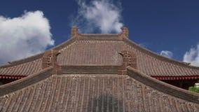 Настелите крышу украшения на пагоде гусыни территории гигантской одичалой, буддийская пагода расположенная в южном Xian Sian, XI  сток-видео