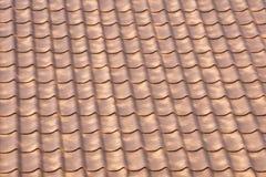 Настилать крышу рифлёный коричневый диез текстуры стоковое изображение rf