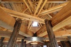 настилите крышу ферменная конструкция стоковое фото rf