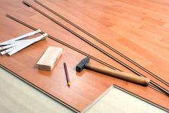 настил оборудует древесину стоковое изображение rf