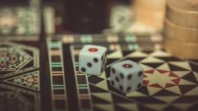 Настольная игра нард, косточек на доске Стоковые Фотографии RF