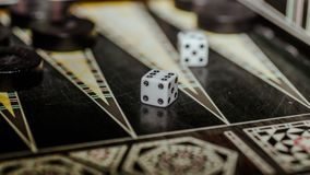 Настольная игра нард, косточек на доске Стоковое Изображение