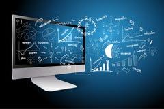 настольный компьютер с принципиальной схемой бизнеса-плана чертежа Стоковая Фотография RF
