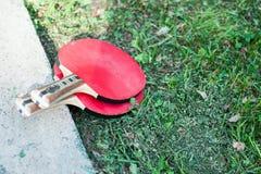 настольный теннис 2 ракеток пингпонга стоковые изображения rf
