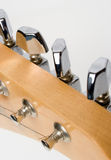 настраивать гитары Стоковые Изображения