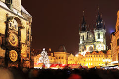 Настроение на старой городской площади, Прага рождества Стоковое Изображение