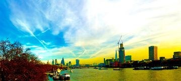 Настроение осени Темзы Лондона реки Стоковые Фотографии RF