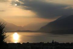 Настроение утра, восход солнца о Gravedona в озере Como Стоковое Фото